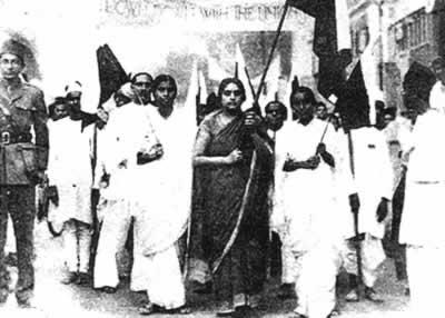 印度国大党被英国当局宣布为非法甘地入狱