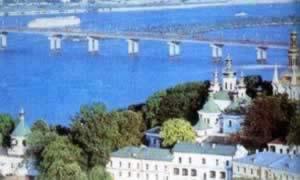 我国与乌克兰建立外交关系