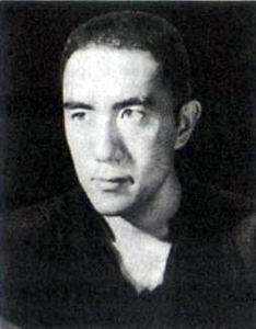 日本作家三岛由纪夫出生(转自:历史上的今天。com)